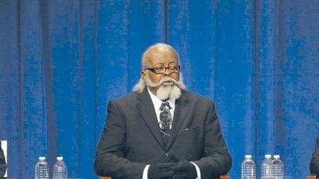 Jimmy McMillan during a 2010 gubernatorial debate.