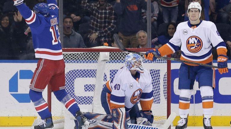 22caafad3 Islanders need to clean up sloppy play. New York ...