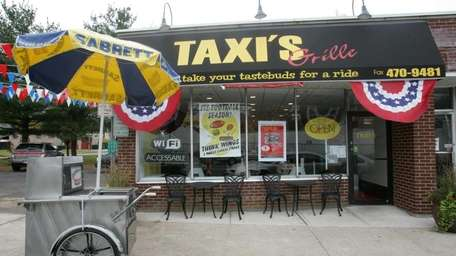 HUNTINGTON, Wednesday, November 5, 2008, Taxi's Grille on