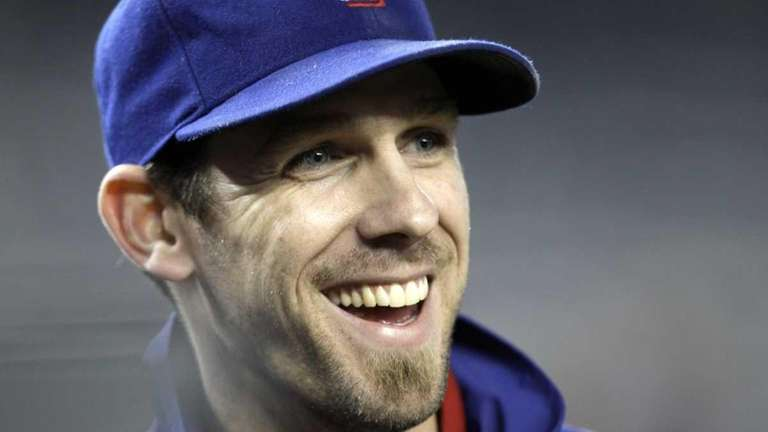 CLIFF LEE UPDATED: Signed a 5-year, $120-million deal
