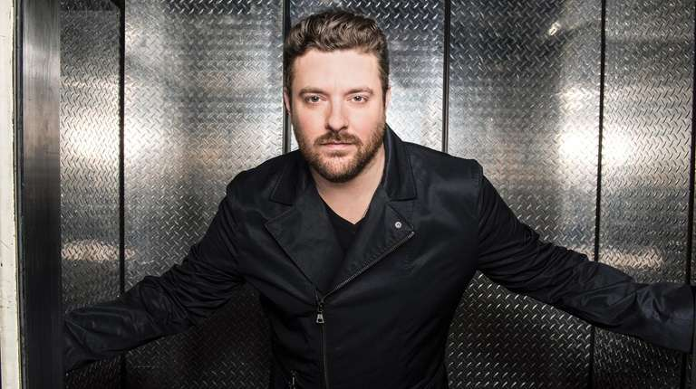 Country singer-songwriter Chris Young has graduated to arena