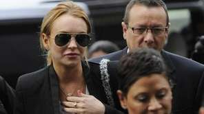 Lindsay Lohan arrives for a probation violation hearing