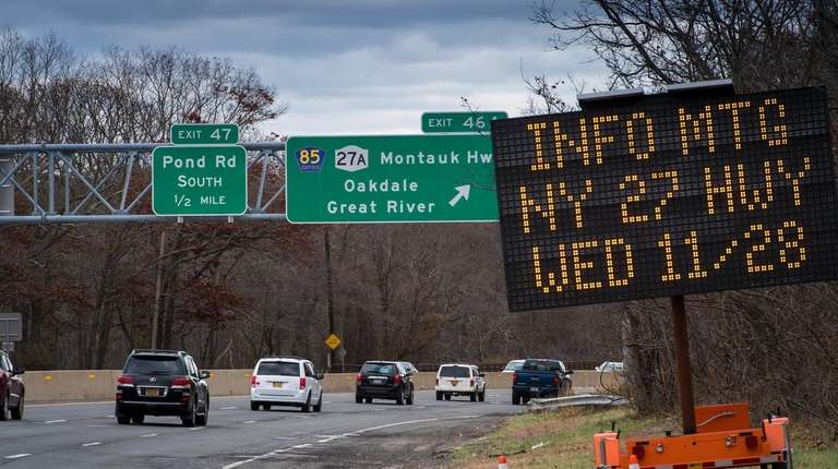 DOT reveals options considered for Oakdale Merge fix | Newsday