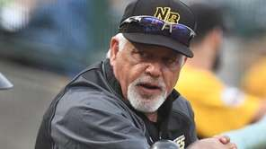 Then-Bees manager Wally Backman looks on from the