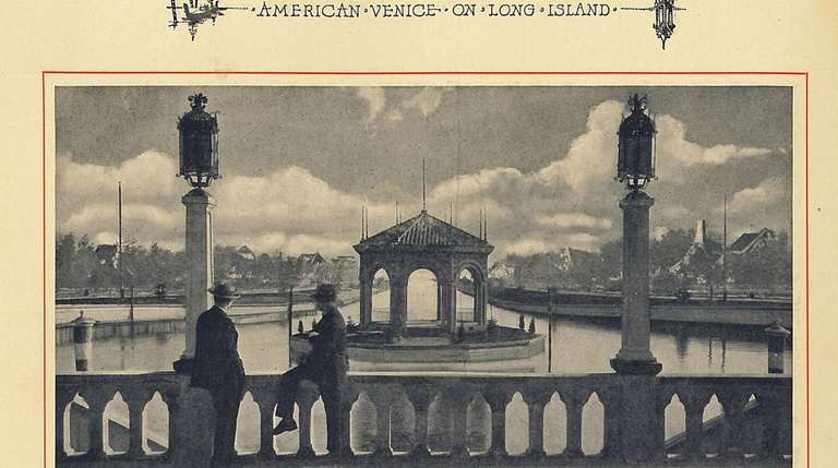 Looking across the Laguna San Marco, circa 1920s.