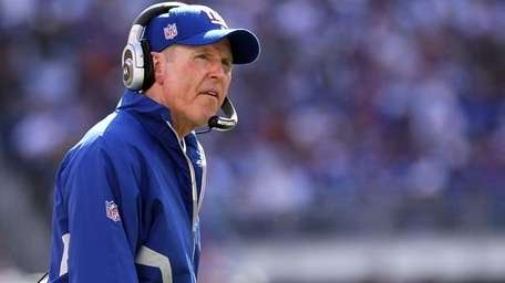 Tom Coughlin has his Giants in a familiar