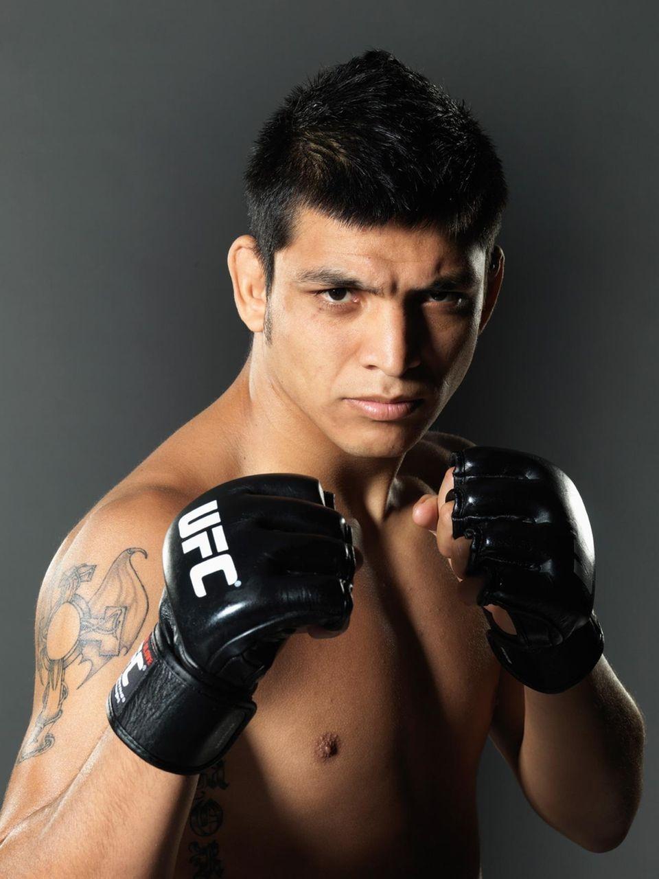 Season 8 champion, lightweight: Escudero decisioned Brooklyn's Phillipe