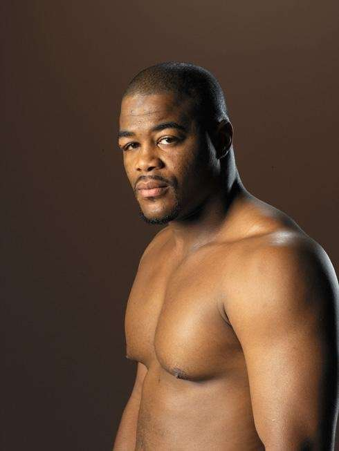 Season 2 champion, heavyweight: Evans won a split