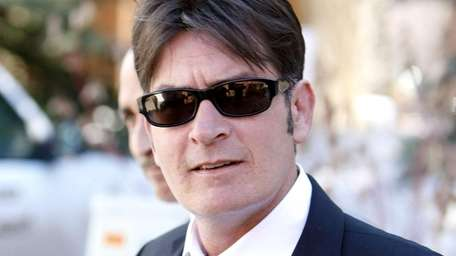 Charlie Sheen makes a court appearance on March