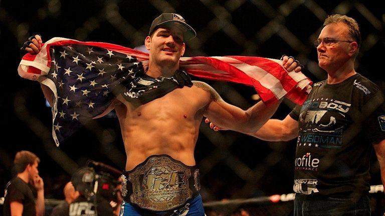Chris Weidman became the new UFC middleweight champion