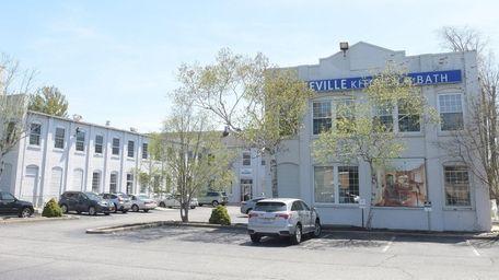 The Lakeville Kitchen & Bath building on East