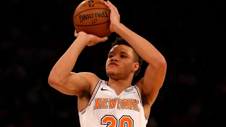 Kevin Knox of the New York Knicks takes