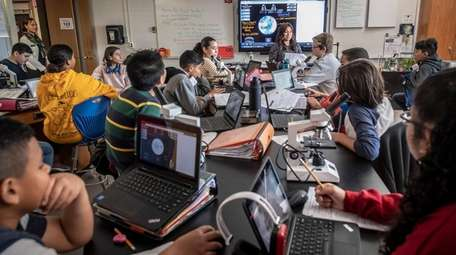 Seventh-graders in honors earth science at J.W. Dodd