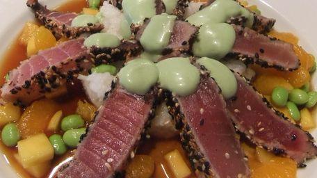 Sesame seared tuna at Jackson Hall, East Islip