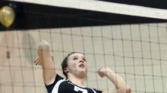 Smash by Wantagh's Lauren Pennino in a win