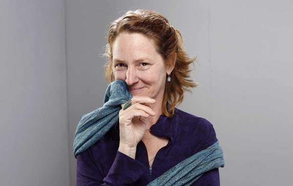 Actress Melissa Leo poses for a portrait at