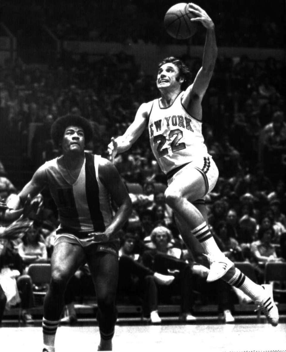 4. DAVE DeBUSSCHERE Power forward, 1968-1974 Another member