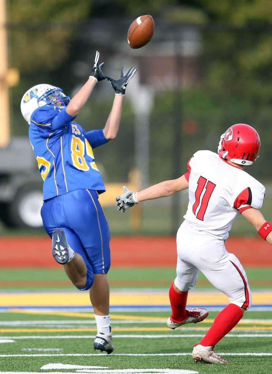 West Islip's Rob Pescitelli's (85) 55 yard touchdown
