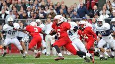 Freeport Red Devils wide receiver Jere Brown runs