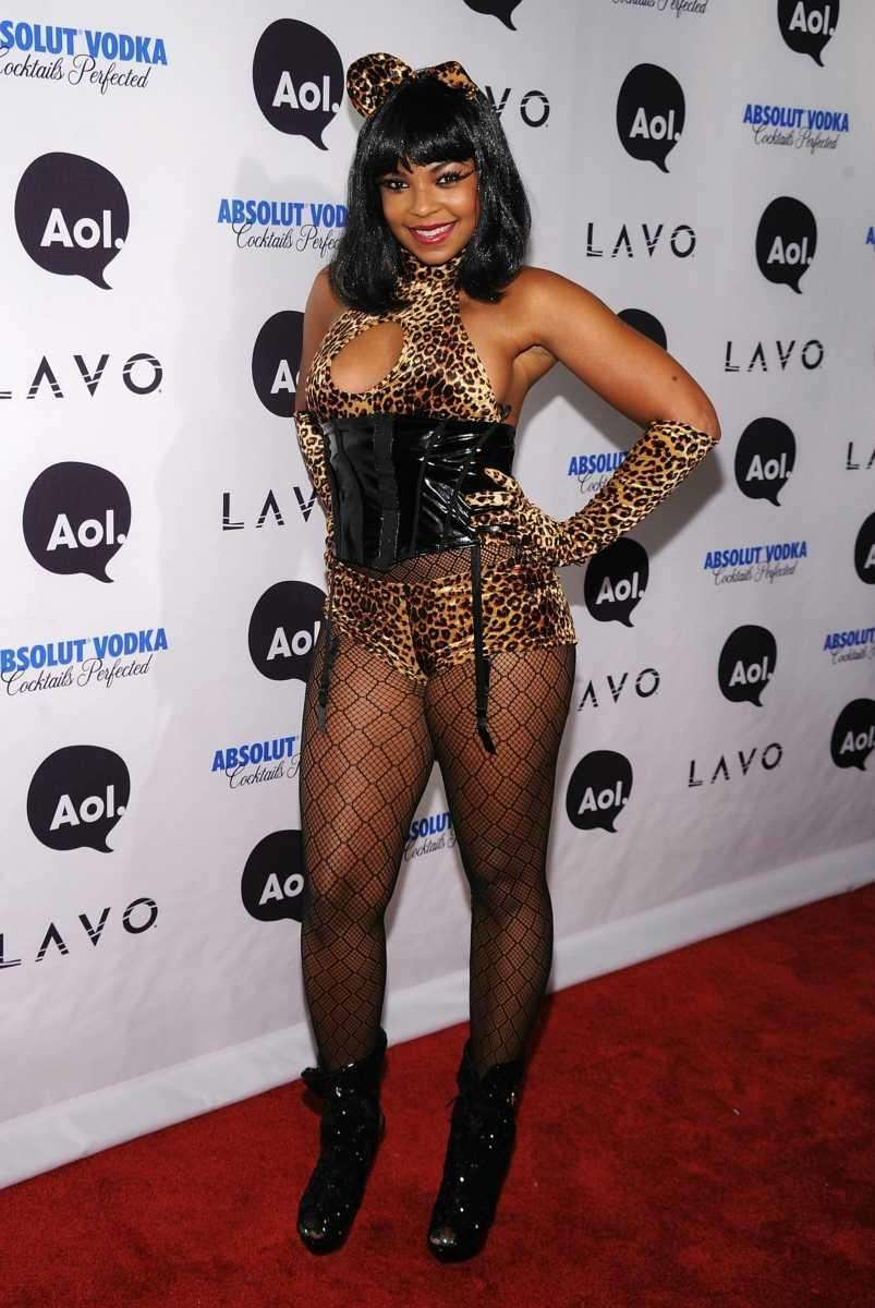 Ashanti attends Heidi Klum's 2010 Halloween party at