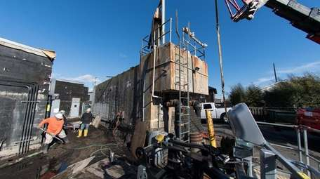 Ocean Beach's sewer treatment plant under construction on