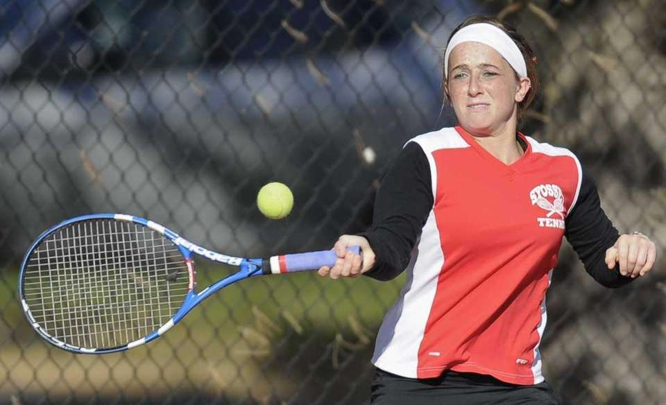 Syosset's Ashley Sandler hits a forehand return to
