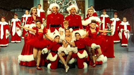 Rosemary Clooney, standing from left, Danny Kaye, Bing
