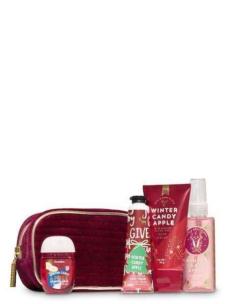 Wrap yourself in this merry-berry scent of red