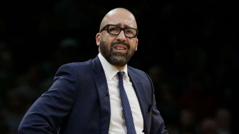 Knicks coach David Fizdale watches from the bench