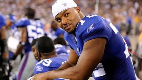 Giants defensive end Osi Umenyiora.