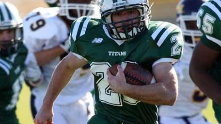 Holy Trinity's Michael Williams breaks through the Mount