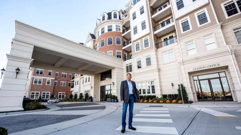 Andre Meyerowitz outside of The Vanderbilt apartment complex