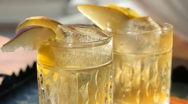 Pear-ginger shrub forms the base for this zero-alcohol