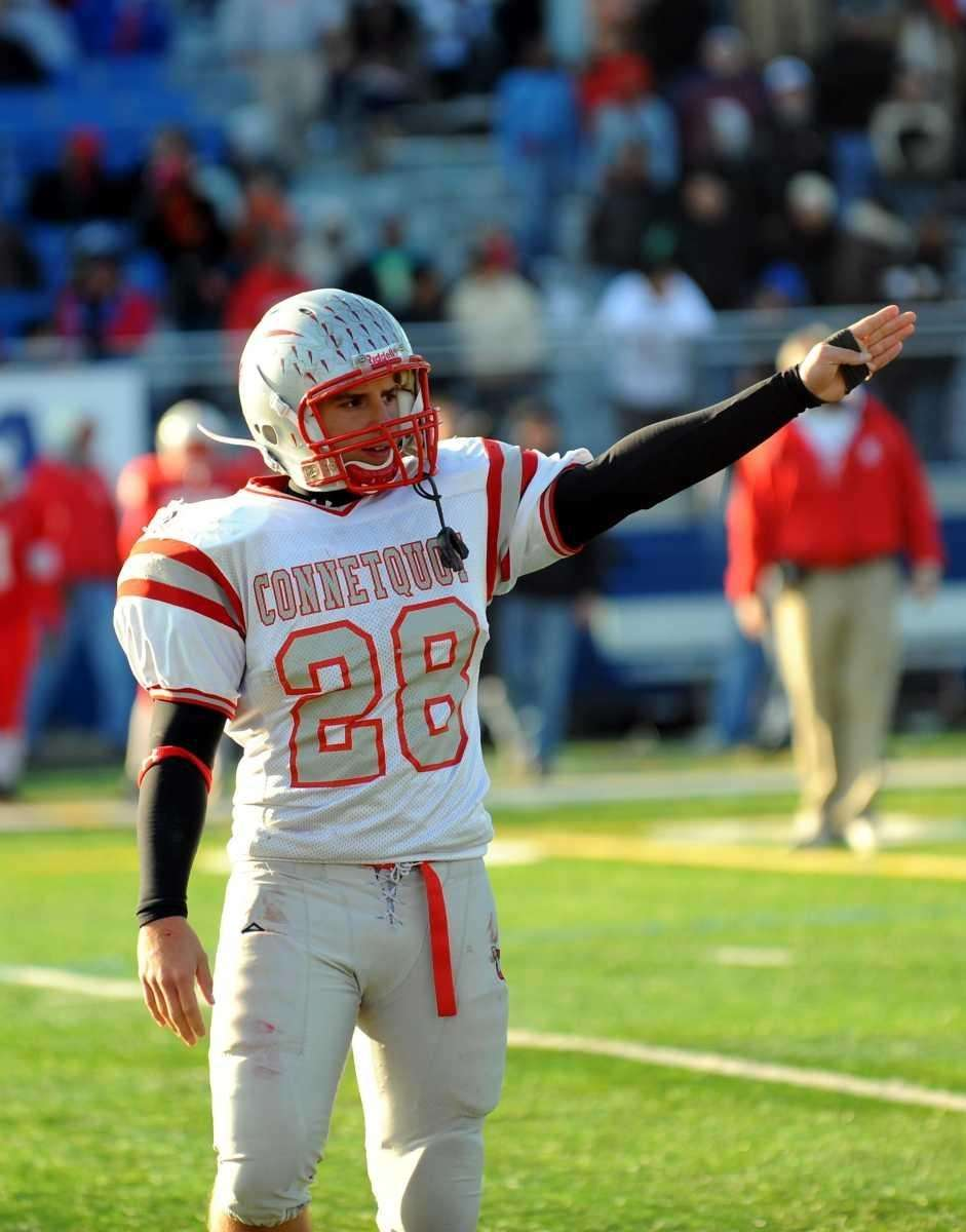 Connetquot went 6-for-7 on fourth down conversions and
