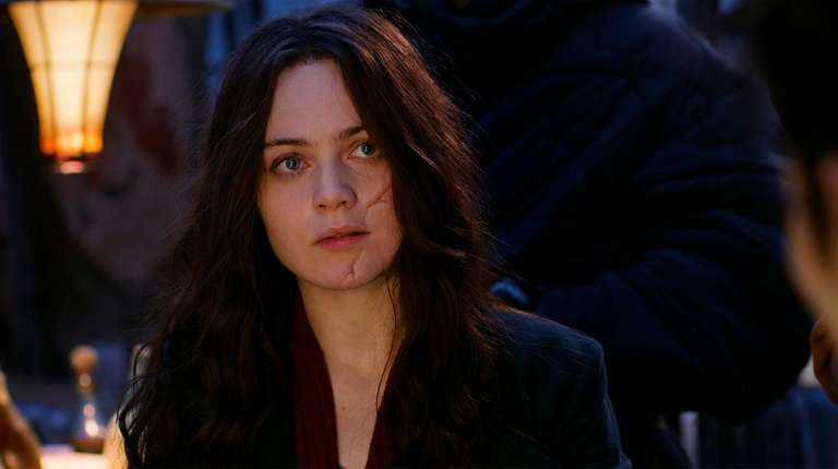 "Hera Hilnar stars in ""Mortal Engines."""