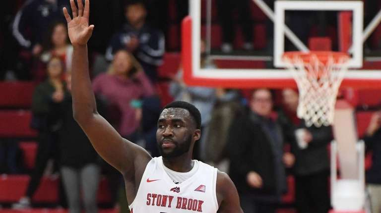 Stony Brook guard Akwasi Yeboah acknowledges fans after
