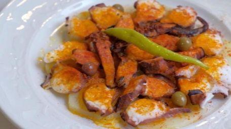Pietro Cucina Italiana Review St James Italian Restaurant Offers Gutsy Plates Smart Wine List Newsday