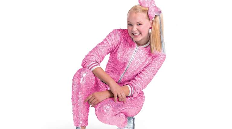 Jojo Siwa is bringing her