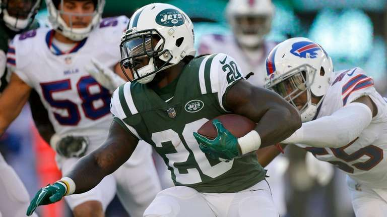 Isaiah Crowell of the New York Jets runs