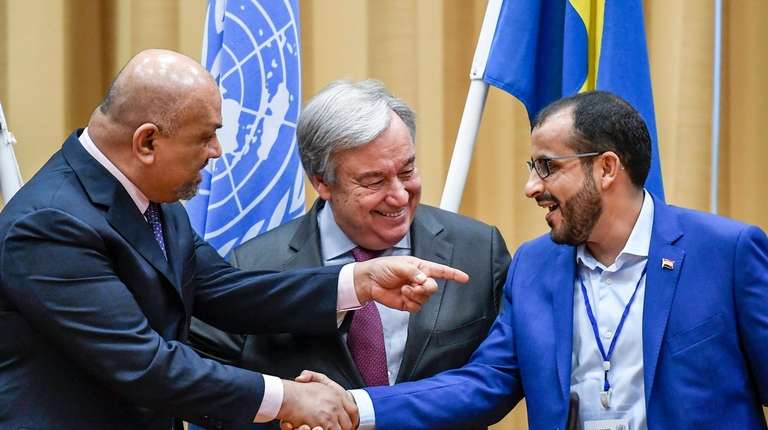Yemen Foreign Minister Khaled al-Yaman, left, and the