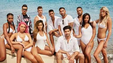 "The cast of MTV's ""Lohan Beach House."""