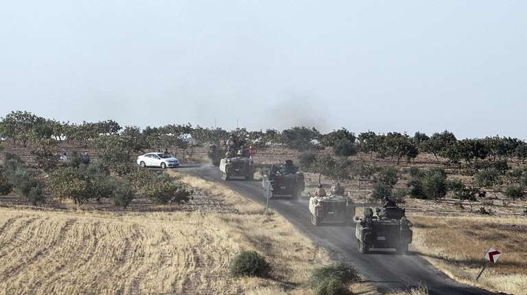 Turkish troops in Karkamis head south to the