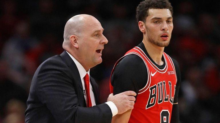 Bulls coach Jim Boylen  gives instructions to