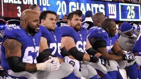 The Giants offensive line (L-R) Kareem McKenzie, Chris