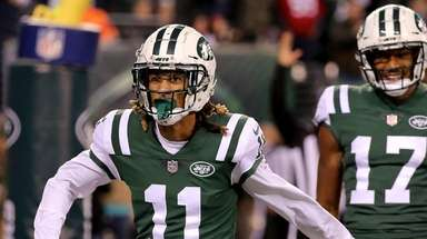 NY Jets WR Robby Anderson celebrates his touchdown