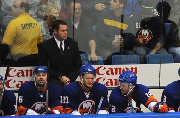 FILE- Then-New York Islanders head coach Scott Gordon