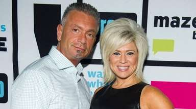 Larry and Theresa Caputo on the set of