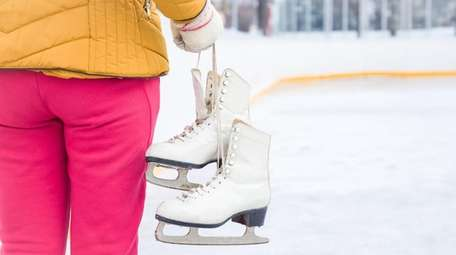 Free skating sessions from 2 to 9 p.m.