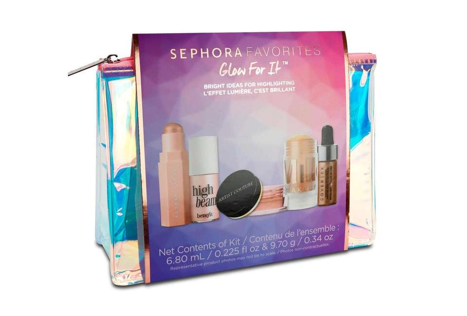 For the fashionista-in-training, this Sephora Favorites Glow for