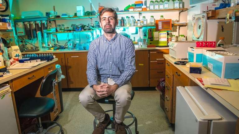 Cancer researcher Dr. Jason Sheltzer, of the Cold